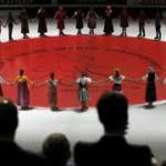 2011年フィギュア世界選手権開会式での黙祷